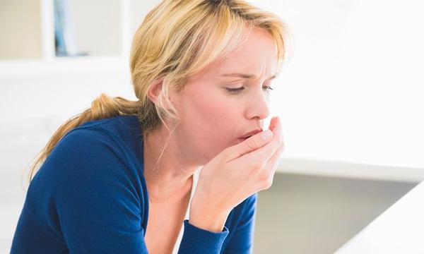 Các biến chứng hô hấp như viêm phế quản dễ gặp phải ở người bị viêm xoang sàng