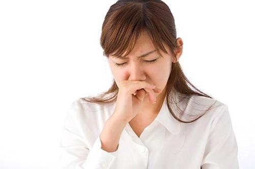 Ngứa mũi là dấu hiệu cảnh báo các bệnh hô hấp, trong đó có viêm mũi dị ứng