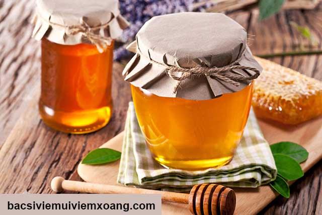 Bài thuốc dân gian trị viêm xoang bằng mật ong