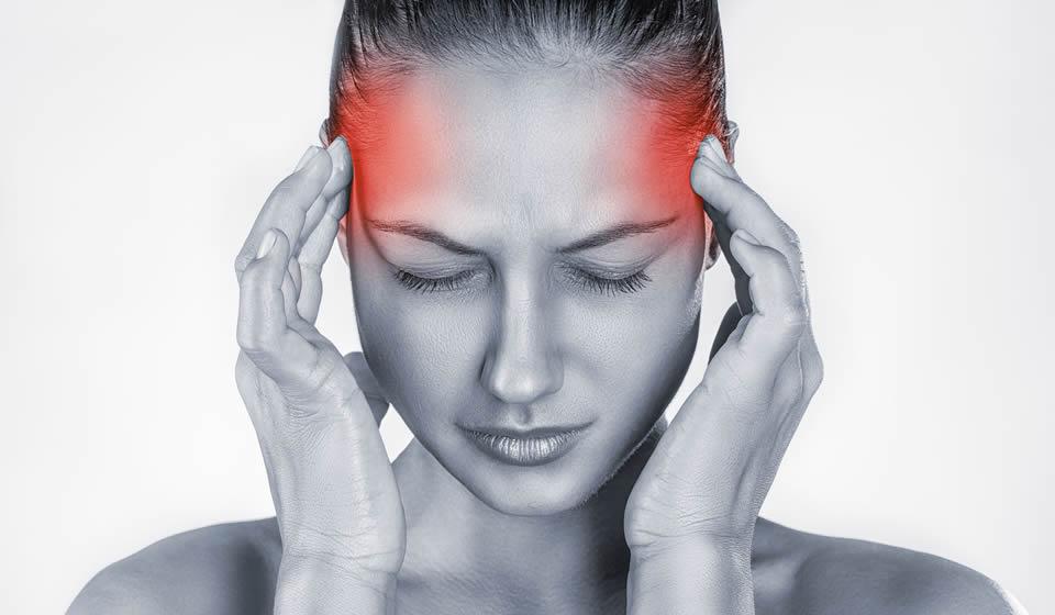 Viêm xoang sàng sau gây nhức đầu, đau âm ỉ ở vùng gáy - dấu hiệu viêm xoang sàng sau