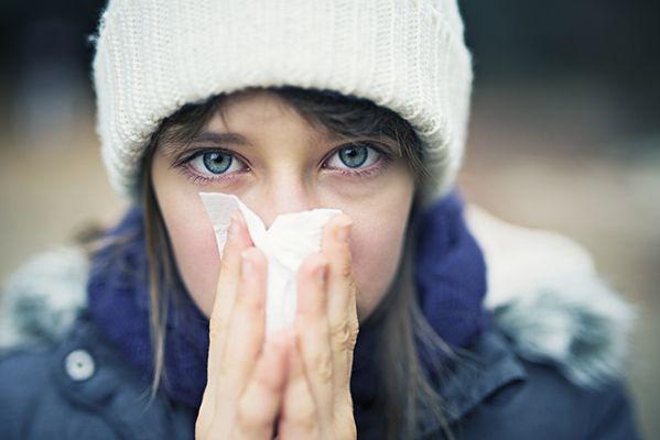 Thời tiết vào mùa lạnh, mùa mưa dễ gây ra viêm mũi dị ứng và các bệnh hô hấp