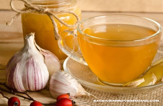 Chữa viêm họng bằng trà tỏi - rượu tỏi chữa viêm họng hạt