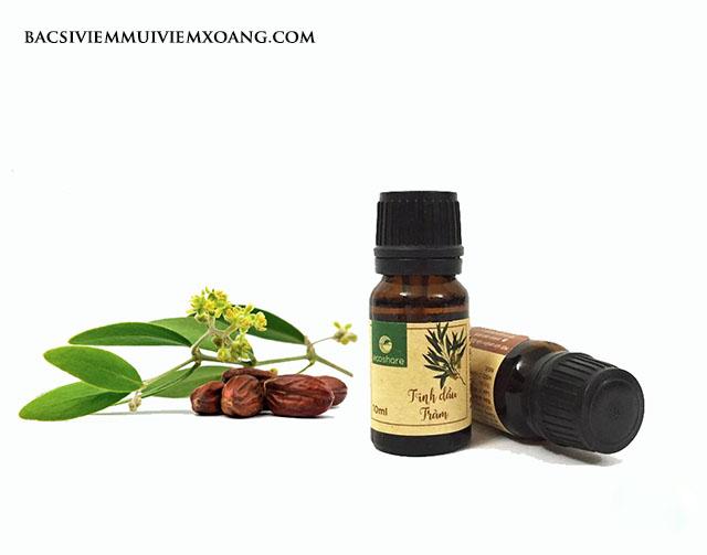 Ngửi dầu tràm chữa nghẹt mũi