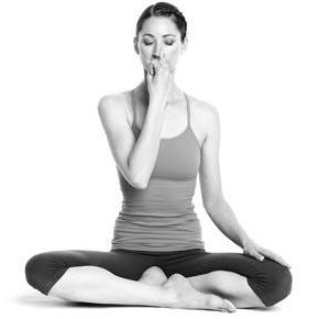 bai-tap-yoga-cho-nguoi-benh-viem-xoang