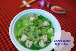 canh-muop-nau-thit-mon-an-tot-cho-nguoi-benh-viem-xoang