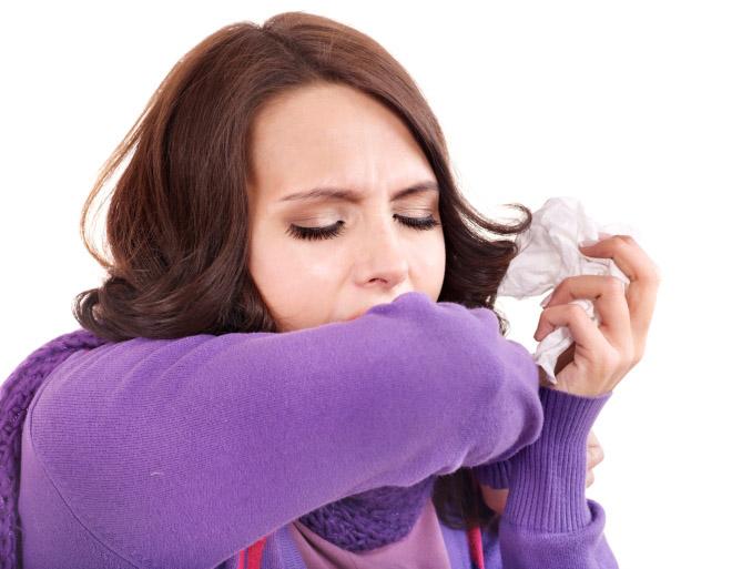 hắt hơi sổ mũi đau họng uống thuốc gì