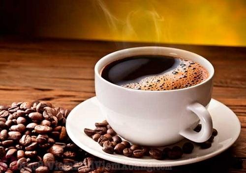 Người bệnh viêm xoang không nên uống cà phê