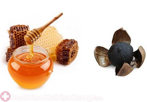 Chữa viêm xoang mãn tính bằng tỏi đen và mật ong