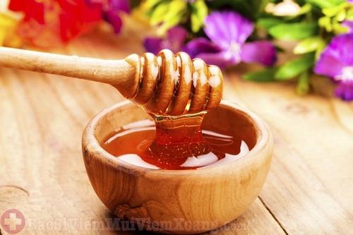 Bài thuốc chữa viêm xoang cấp tính từ mật ong