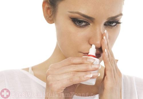 Cho con bú khi đang dùng thuốc điều trị viêm xoang