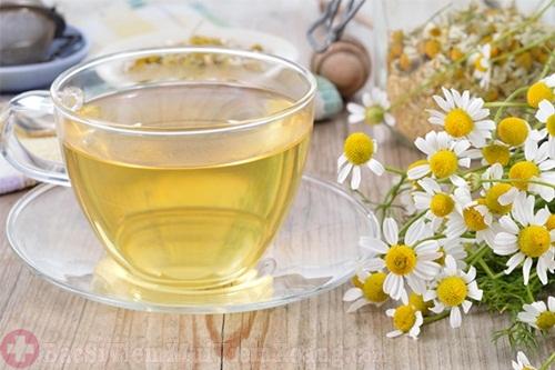 Làm hết ngứa mũi hắt hơi do viêm mũi dị ứng bằng trà thảo dược
