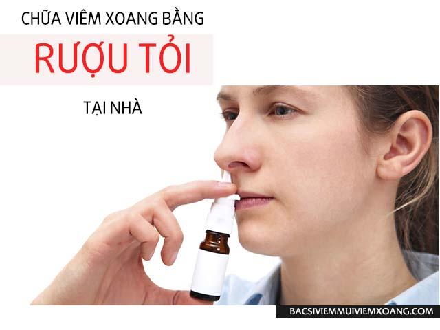 Rượu tỏi chữa xoang bằng cách dùng xịt vào mũi