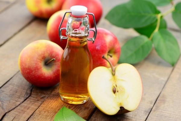 Dùng giấm táo xông hơi chữa viêm xoang