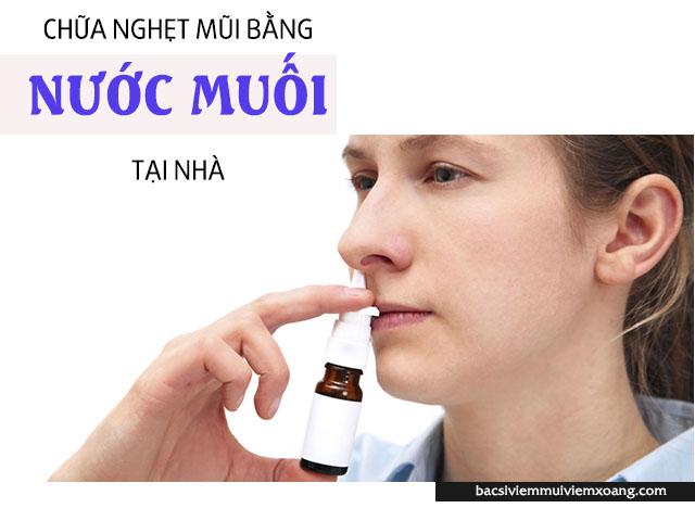 Giảm nghẹt mũi viêm xoang bằng nước muối sinh lý