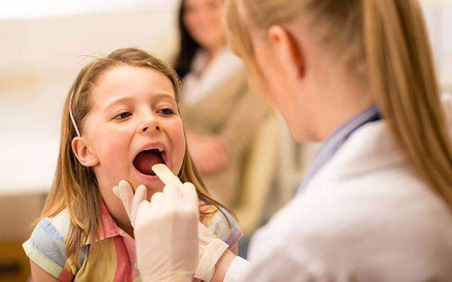 Bệnh viêm họng cấp tính ở trẻ